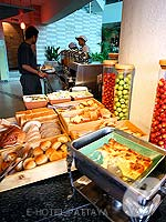 Buffet : A-One The Royal Cruise Hotel, Fitness Room, Phuket