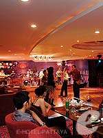 Dance Floor / A-One The Royal Cruise Hotel, พัทยาเหนือ