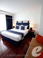 パタヤ ノースパタヤのホテル : エーワン ザ ロイヤル クルーズ ホテル(A-One The Royal Cruise Hotel)のデラックスルームの設備 Bedroom