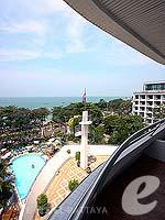 パタヤ ノースパタヤのホテル : エーワン ザ ロイヤル クルーズ ホテル(A-One The Royal Cruise Hotel)のミニ スイートルームの設備 Balcony