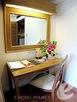 プーケット スパ併設のホテル : アブソリュート シーパール ビーチリゾート(Absolute Sea Pearl Beach Resort)のスーペリアルームの設備 Dresser