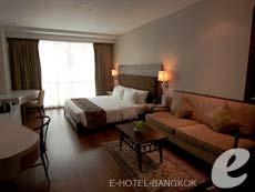 バンコク カップル&ハネムーンのホテル : アデルフィ スイーツ(Adelphi Suites)のお部屋「スタジオ」