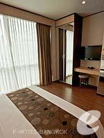 バンコク カップル&ハネムーンのホテル : アデルフィ スイーツ(Adelphi Suites)のエグゼクティブ ワンベッドルームルームの設備 Room View