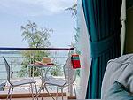 プーケット その他・離島のホテル : アルマリ ラワイ ビーチ レジデンス(Almali Rawai Beach Residence)のファミリー スイートルームの設備 Balcony