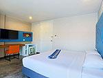 プーケット 5,000円以下のホテル : デイズ イン パトンビーチ(Days inn Patong Beach)のデラックス キングルームの設備 Bedroom