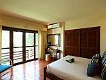サムイ島 チョンモーンビーチのホテル : アルファ ヴィラ(Alpha Villa)の4ベッドルームルームの設備 Bedroom