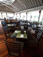 Rim Talay Restaurant : Amari Phuket, Connecting Rooms, Phuket