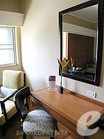パタヤ ノースパタヤのホテル : アマリ オーシャン ホテル パタヤ(Amari Ocean Hotel Pattaya)のスーペリア / ガーデン ウィングルームの設備 Living Area