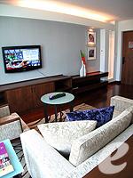 パタヤ ノースパタヤのホテル : アマリ オーシャン ホテル パタヤ(Amari Ocean Hotel Pattaya)のデュプレックススイート/オーシャンタワールームの設備 Living Room