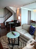 Living Room : Duplex Suite / Ocean Tower at Amari Ocean Hotel Pattaya, North Pattaya, Pattaya