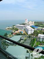パタヤ ノースパタヤのホテル : アマリ オーシャン ホテル パタヤ(Amari Ocean Hotel Pattaya)のデュプレックススイート/オーシャンタワールームの設備 Balcony