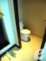パタヤ ノースパタヤのホテル : アマリ オーシャン ホテル パタヤ(Amari Ocean Hotel Pattaya)のデュプレックススイート/オーシャンタワールームの設備 Toilet