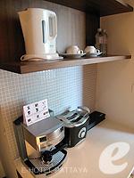 パタヤ ノースパタヤのホテル : アマリ オーシャン ホテル パタヤ(Amari Ocean Hotel Pattaya)のエグジクティブ クラブ オーシャン ビュー / オーシャン タワールームの設備 Coffee Maker