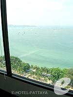 パタヤ ノースパタヤのホテル : アマリ オーシャン ホテル パタヤ(Amari Ocean Hotel Pattaya)のエグジクティブ クラブ オーシャン ビュー / オーシャン タワールームの設備 Balcony