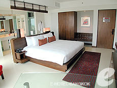 Ocean Deluxe / Ocean Tower : Amari Ocean Hotel Pattaya, North Pattaya, Pattaya