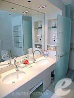 パタヤ ノースパタヤのホテル : アマリ オーシャン ホテル パタヤ(Amari Ocean Hotel Pattaya)のデラックス ファミリー / オーシャン タワールームの設備 Bath Room