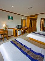 プーケット インターネット接続(無料)のホテル : アマタ パトン(Amata Patong)のデラックスルームの設備 Bedroom