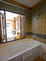 プーケット 5,000~10,000円のホテル : アマタ パトン(Amata Patong)のデラックスルームの設備 Bathtub