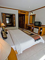 プーケット インターネット接続(無料)のホテル : アマタ パトン(Amata Patong)のデラックス プールアクセスルームの設備 Bedroom
