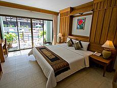 プーケット インターネット接続(無料)のホテル : アマタ パトン(1)のお部屋「デラックス プールアクセス」