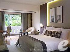 バンコク チャオプラヤー川周辺のホテル : アナンタラ リバーサイド バンコク リゾート(Anantara Riverside Bangkok Resort)のお部屋「デラックス プレミア」