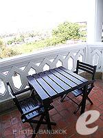 バンコク カップル&ハネムーンのホテル : アナンタラ リバーサイド バンコク リゾート(Anantara Riverside Bangkok Resort)のジュニア スイートルームの設備 Balcony