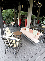 プーケット ビーチフロントのホテル : アナンタラ マイカオ プーケット ビラ 「Lobby」