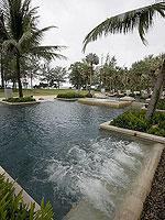 Jacuzzi : Anantara Mai Khao Phuket Villas, Beach Front, Phuket