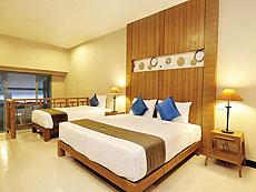 プーケット プールアクセスのホテル : アンダキラ ホテル(1)のお部屋「デラックス トリプル」