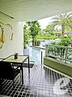 クラビ フィットネスありのホテル : アンヤウィー タプケーク ビーチ リゾート(Anyavee Tubkaek Beach Resort)のデラックス プールアクセスルームの設備 Terrace