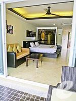 クラビ フィットネスありのホテル : アンヤウィー タプケーク ビーチ リゾート(Anyavee Tubkaek Beach Resort)のデラックス プールアクセスルームの設備 Room View from Terrace