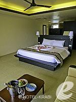 クラビ フィットネスありのホテル : アンヤウィー タプケーク ビーチ リゾート(Anyavee Tubkaek Beach Resort)のジャグジー シービュールームの設備 Room View