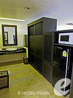 クラビ フィットネスありのホテル : アンヤウィー タプケーク ビーチ リゾート(Anyavee Tubkaek Beach Resort)のジャグジー シービュールームの設備 Bath Room