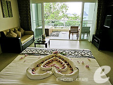 クラビ プールアクセスのホテル : アンヤウィー タプケーク ビーチ リゾート(1)のお部屋「ジャグジー シービュー」