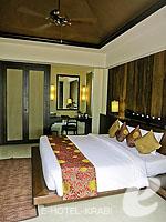 クラビ フィットネスありのホテル : アンヤウィー タプケーク ビーチ リゾート(Anyavee Tubkaek Beach Resort)のビーチフロント プール ヴィラルームの設備 Terrace