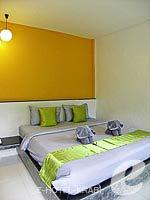 クラビ インターネット接続(無料)のホテル : アオナン パラダイス リゾート(Aonang Paradise Resort)のスーペリア ルームルームの設備 Bedroom