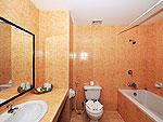 プーケット カップル&ハネムーンのホテル : エーピーケー リゾート(APK Resort)のスーペリアルームの設備 Bathroom