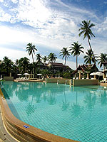 Swimming Pool : Apsara Beachfront Resort & Villa, Khaolak, Phuket