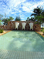 Kids Pool : Apsara Beachfront Resort & Villa, Pool Access Room, Phuket