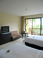 プーケット カップル&ハネムーンのホテル : アプサラ ビーチフロント リゾート & ヴィラ(Apsara Beachfront Resort & Villa)のスーペリアルームの設備 Bedroom