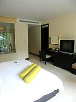 プーケット カオラックのホテル : アプサラ ビーチフロント リゾート & ヴィラ(Apsara Beachfront Resort & Villa)のアクセス プールルームの設備 Bedroom