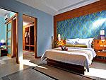 プーケット カオラックのホテル : アプサラ ビーチフロント リゾート & ヴィラ(Apsara Beachfront Resort & Villa)のジャグジーヴィラルームの設備 Bedroom