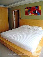 プーケット 5,000円以下のホテル : アスペリー ホテル(Aspery Hotel)のデラックスルームの設備 Bedroom