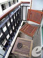 プーケット 5,000円以下のホテル : アスペリー ホテル(Aspery Hotel)のデラックスルームの設備 Balcony