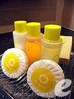 プーケット 5,000円以下のホテル : アスペリー ホテル(Aspery Hotel)のデラックスルームの設備 Bath Amenities