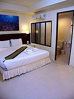 プーケット ロングステイのホテル : @ ホワイト パトン ブティック ホテル  (@White Patong Boutique Hotel)のスーペリアルームの設備 Bedroom