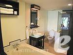 プーケット 5,000~10,000円のホテル : アヴァンティカ ブティック ホテル(Avantika Boutique Hotel)のデラックス プールアクセスルームの設備 Bath Room