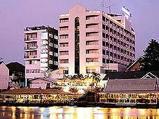 アユタヤ リバーサイド ホテル