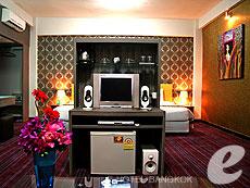 バンコク サイアム・プラトゥーナムのホテル : バイヨーク ブティック ホテル(Baiyoke Boutique Hotel)のお部屋「ブティックスイート」
