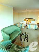 バンコク サイアム・プラトゥーナムのホテル : バイヨーク スカイ ホテル(Baiyoke Sky Hotel)のジュニアスイート シングル(スタンダード ゾーン)ルームの設備 Room View